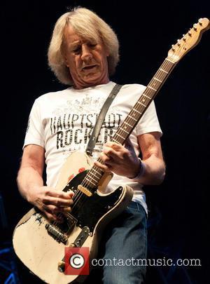 Status Quo Rocker Rick Parfitt Splits From Wife