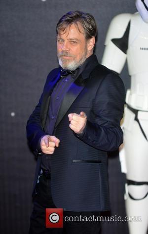 Mark Hamill Teases Star Wars Spoiler