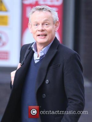 Martin Clunes Calls On Cops To Catch Cat Killer