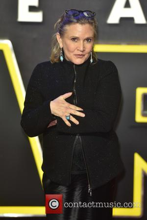 Carrie Fisher Sorry For Drawing Attention To Harrison Ford Affair