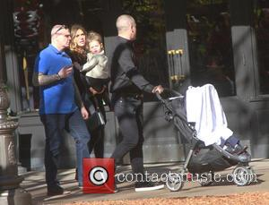 Robbie Williams, Ayda Field , Theodora Rose Williams - Robbie Williams takes his family shopping at The Grove in Hollywood...