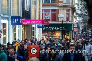 Christmas Shoppers, Atmosphere and View