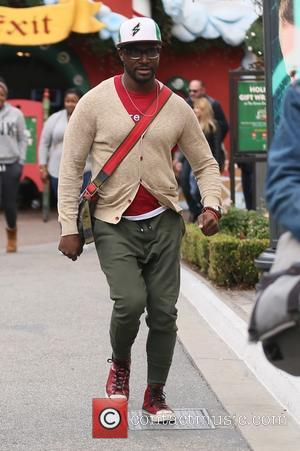 Taye Diggs - Taye Diggs shopping at The Grove - Los Angeles, California, United States - Thursday 24th December 2015