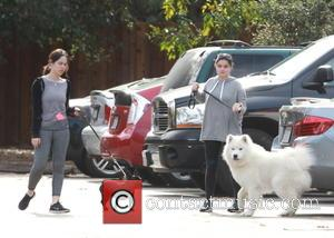 Ariel Winter - Ariel Winter goes hiking with her dog in Studio City on Christmas Eve - Los Angeles, California,...