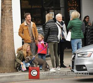 Breckin Meyer, Clover Meyer , Caitlin Willow Meyer - Pete Wentz and Breckin Meyer queue up at the valet stand...
