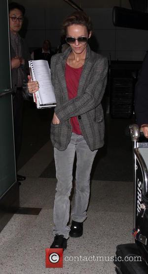 Vanessa Paradis - Vanessa Paradis arrives on a flight to Los Angeles International Airport (LAX) - Los Angeles, California, United...