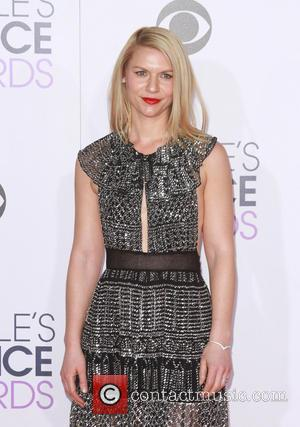 Claire Danes Wants To Rip Her Hair Out After Flying With Son