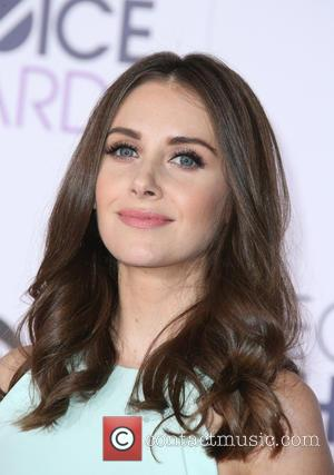 Alison Brie - People's Choice Awards 2016 held at the Microsoft Theatre L.A. Live - Arrivals at Microsoft Theater, People's...