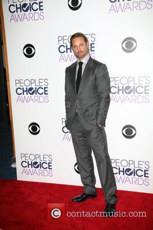Josh Holloway - People's Choice Awards 2016 held at Microsoft Theatre L.A. Live. - Press Room at Microsoft Theatre L.A....