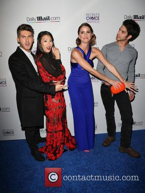 Cody Christian, Arden Cho, Shelley Hennig and Tyler Posey