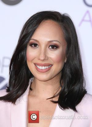Cheryl Burke - People's Choice Awards 2016 held at the Microsoft Theatre L.A. Live - Arrivals at Microsoft Theater, People's...