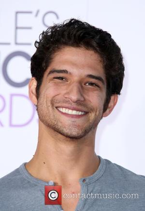 Tyler Posey - People's Choice Awards 2016 held at the Microsoft Theatre L.A. Live - Arrivals at Microsoft Theater, People's...