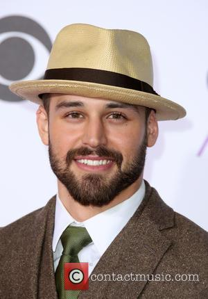 Ryan Guzman - People's Choice Awards 2016 held at the Microsoft Theatre L.A. Live - Arrivals at Microsoft Theater, People's...
