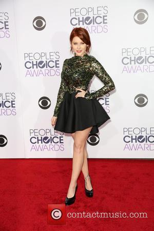 Renee Olstead - People's Choice Awards 2016 held at the Microsoft Theatre L.A. Live - Arrivals at Microsoft Theatre L.A....