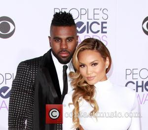 Jason Derulo , Daphne Joy - People's Choice Awards 2016 held at the Microsoft Theatre L.A. Live - Arrivals at...