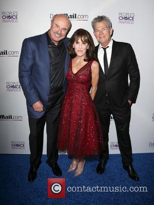 Phil McGraw, Robin McGraw , David Foster - DailyMail's After Party For 2016 People's Choice Awards at Club Nokia, People's...