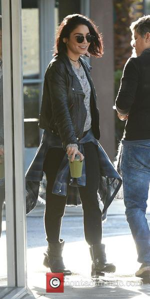 Vanessa Hudgens - Vanessa Hudgens gets take out before heading to the studio - Los Angeles, California, United States -...