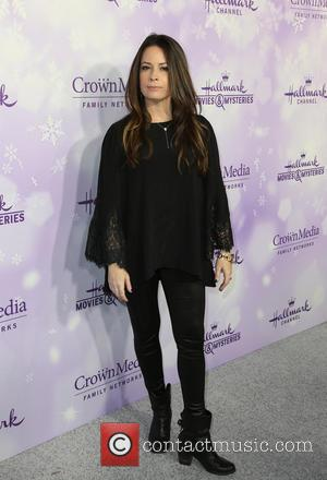 Holly Marie Combs - Hallmark Channel and Hallmark Movies & Mysteries Winter 2016 TCA Press Tour - Arrivals at Tournament...