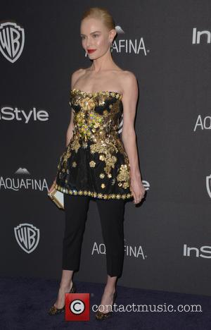 Angela Bassett and Kate Bosworth