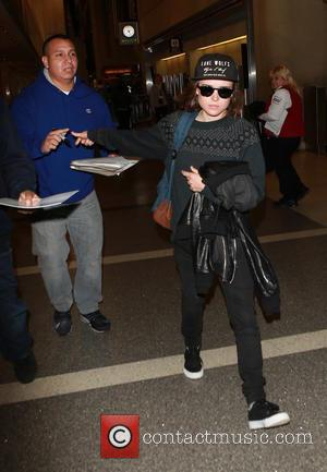 Ellen Page - Ellen Page departs on a flight from Los Angeles International Airport (LAX) - Los Angeles, California, United...