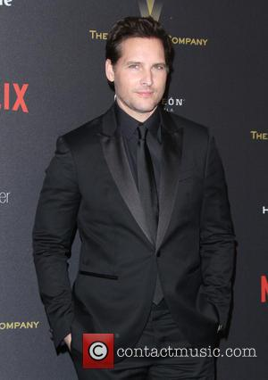 Peter Facinelli: 'I Am Not Begging Jennie Garth To Take Me Back'