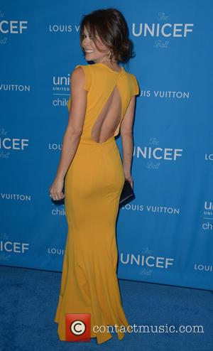 Brooke Burke-Charvet - 6th Biennial UNICEF Ball at the Beverly Wilshire Four Seasons Hotel - Arrivals at Beverly Hilton -...