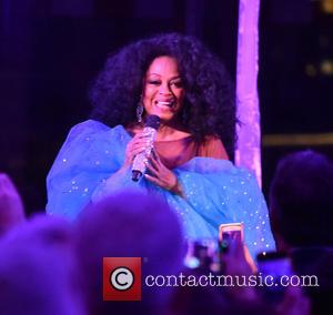 Diana Ross - Einstein Healthcare 150th Anniversary at the National Constitution Center - Philadelphia, Pennsylvania, United States - Friday 15th...