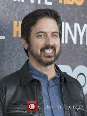 Ray Romano - New York premiere of 'Vinyl' at Ziegfeld Theatre - Arrivals at Ziegfeld Theater - New York, New...