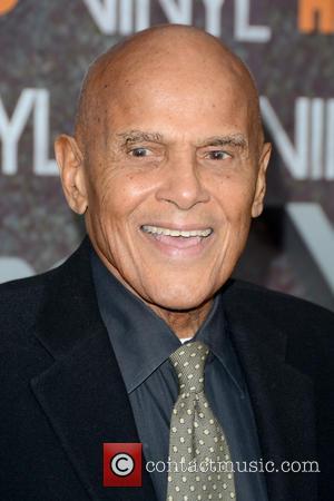 Harry Belafonte - New York premiere of 'Vinyl' at Ziegfeld Theatre - Arrivals at Ziegfeld Theatre - New York, New...