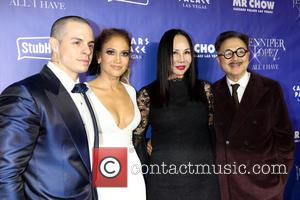 Casper Smart, Jennifer Lopez, Eva Chow and Michael Chow