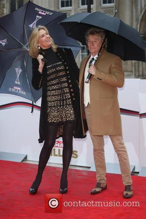 Penny Lancaster , Rod Stewart - The Sun Military Awards 2016 (Millies) held at the Guildhall - Arrivals - London,...