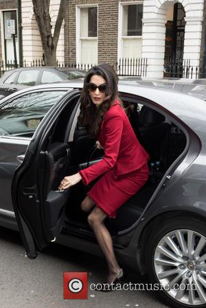 Amal Clooney - Amal Clooney arrives at Doughty Street Chambers for a press conference. - London, United Kingdom - Monday...