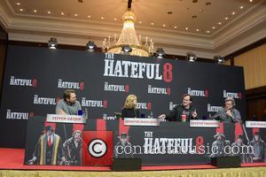 Jennifer Jason Leigh, Quentin Tarantino, Kurt Russell and Steven Gaetjen