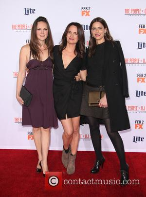 Carla Gallo, Elizabeth Reaser and Amanda Peet