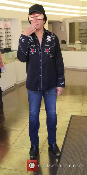Gene Simmons - Gene Simmons choosing some spectacles at beverly hills - Los Angeles, California, United States - Thursday 4th...