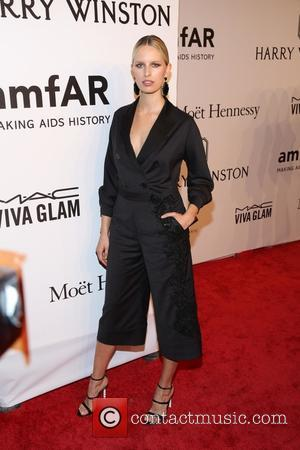 Karolina Kurkova - 2016 amfAR New York Gala - Red Carpet Arrivals - New York, New York, United States -...