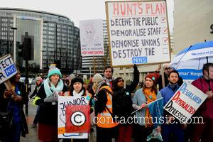 Junior doctors - Labour MP Dennis Skinner joined the picket line - London, United Kingdom - Wednesday 10th February 2016