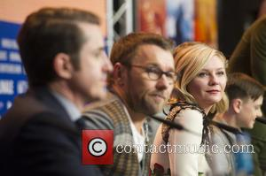 Joel Edgerton and Kirsten Dunst