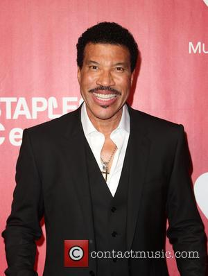 Lionel Richie To Receive Songwriters Hall Of Fame Honour