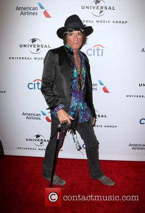Joe Perry To Receive Les Paul Award