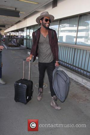 Gary Clark Jr. - Gary Clark Jr. departs on a flight from Los Angeles International Airport (LAX) - Los Angeles,...