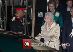 Hm The Queen and Elizabeth Ii