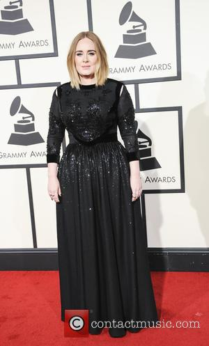 Adele Adkins - The 58th Annual GRAMMY Awards - Arrivals at Grammy Awards - Los Angeles, California, United States -...