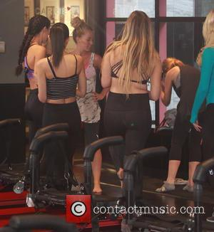 Kendra Wilkinson - Kendra Wilkinson was spotted working out hard at Pilates Class in Beverly Hills - Beverly Hills, California,...
