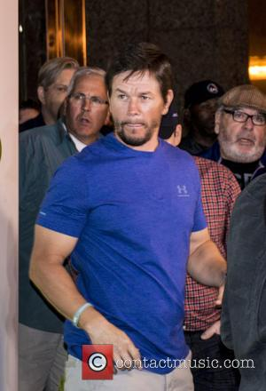 Mark Wahlberg , Paul Wahlberg - Mark and Paul Wahlberg at the grand opening of the Orlando Wahlburgers restaurant -...