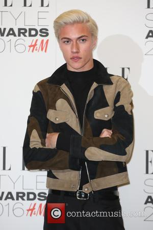 Teenage Model Lucky Blue Smith To Be A Dad