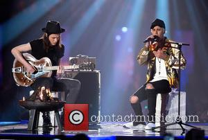 James Bay and Justin Bieber