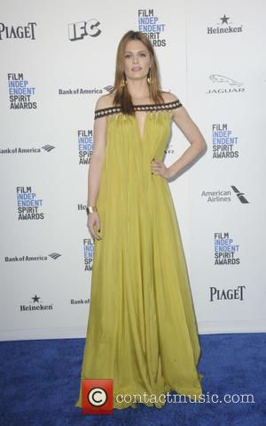 Stana Katic - 2016 Film Independent Spirit Awards held at Santa Monica Beach - Arrivals at Independent Spirit Awards -...