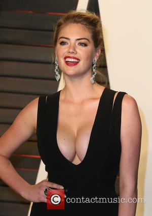 Kate Upton - 2016 Vanity Fair Oscar Party Hosted By Graydon Carter - Arrivals at Wallis Annenberg Center for the...