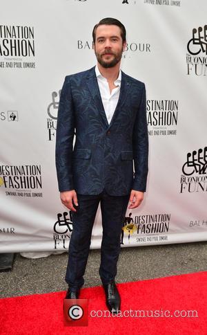 Actor Charlie Weber Finalises Divorce